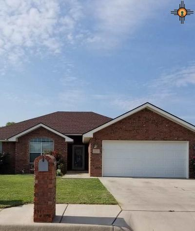 Single Family Home For Sale: 2221 Reese