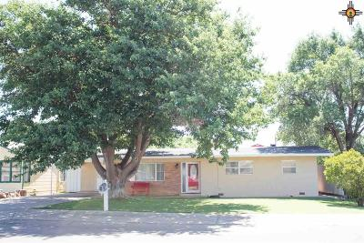 Clovis NM Single Family Home Under Contract-Don't Show: $139,900