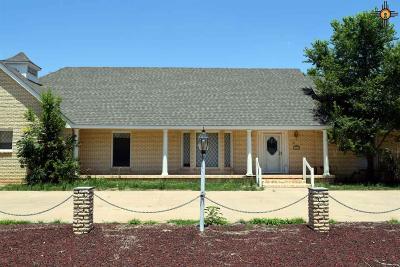 Clovis Single Family Home For Sale: 1016 Fairway Terrace