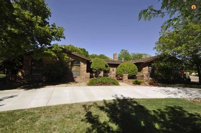 Clovis Single Family Home For Sale: 216 Sandzen