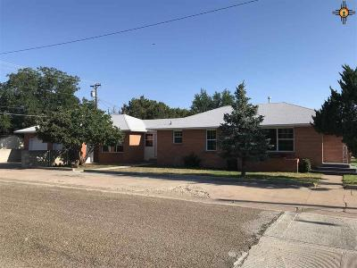 Single Family Home Sold: 1424 S Globe