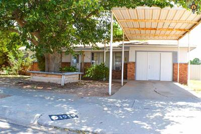 Eunice NM Single Family Home For Sale: $95,000