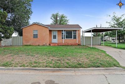 Lovington Single Family Home For Sale: 418 W Tyler Ave