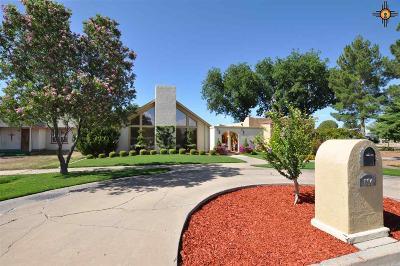 Artesia Single Family Home For Sale: 604 W Richardson Ave
