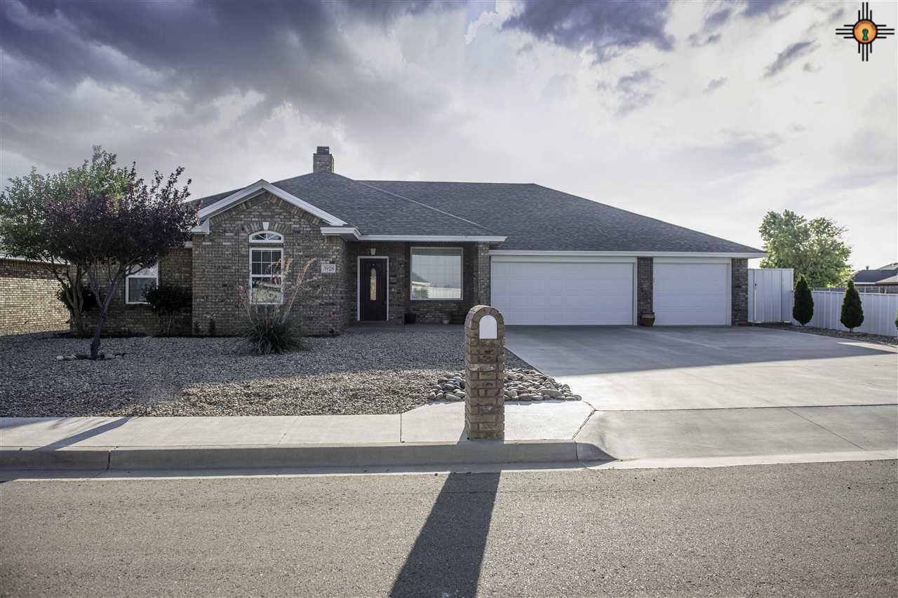 3 bed / 2 baths Home in Clovis for $260,900