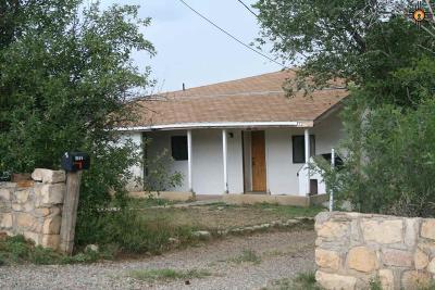 Las Vegas Single Family Home For Sale: 900 1/2 Rio Arriba