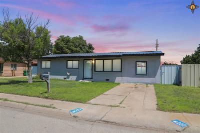 Lovington Single Family Home For Sale: 202 W Ave L