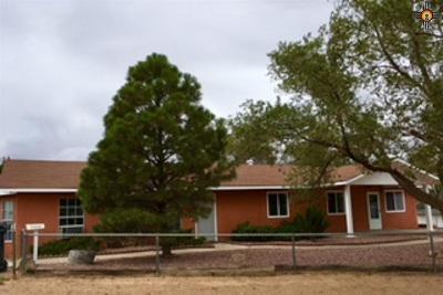 Gallup Single Family Home For Sale: 50 Torrivio Mesa