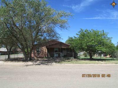 Portales NM Single Family Home For Sale: $65,000