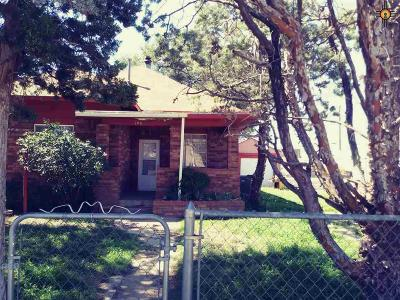 Clovis Single Family Home For Sale: 108 Connelly