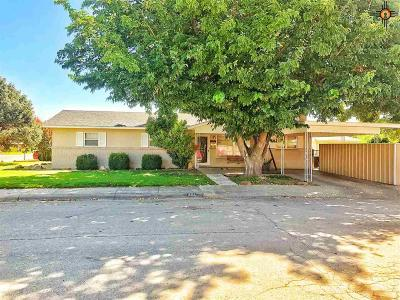 Artesia Single Family Home For Sale: 901 S 15th St