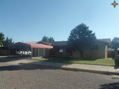 Portales Single Family Home For Sale: 109 Oklahoma Dr.
