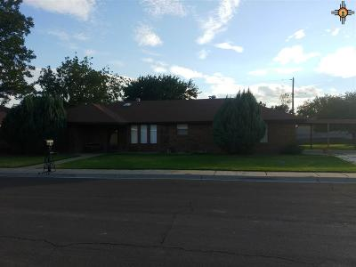 Hobbs NM Single Family Home Under Contract-Don't Show: $229,900