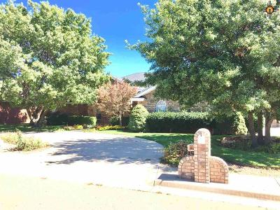 Curry County Single Family Home For Sale: 701 Jeanie