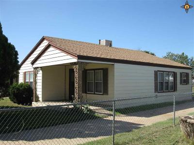 Portales Single Family Home For Sale: 1310 S Ave C