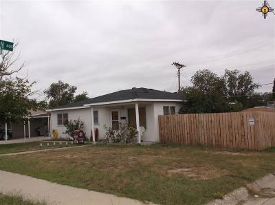 Carlsbad Single Family Home For Sale: 121 Moore Drive
