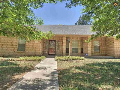 Portales Single Family Home For Sale: 308 E 17th Street