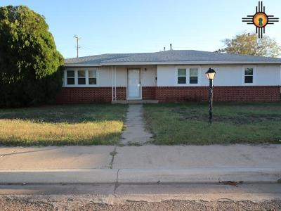 Clovis Single Family Home For Sale: 101 W Yucca