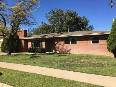 Portales NM Single Family Home For Sale: $157,500