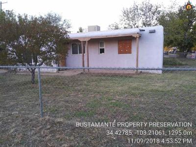 Clovis Single Family Home For Sale: 308 Plaza