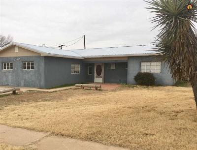 Single Family Home For Sale: 2912 Thornton