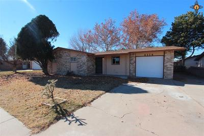 Portales Single Family Home For Sale: 2114 S Ave I Place