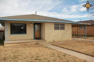 Portales Single Family Home For Sale: 1413 S Avenue E