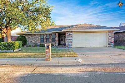 Hobbs Single Family Home Under Contract-Don't Show: 1517 W Cordoba