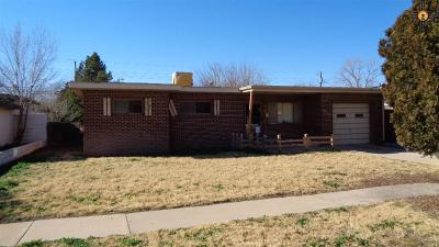 Hobbs Single Family Home Under Contract-Don't Show: 1833 Penasco