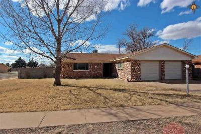 Clovis NM Single Family Home For Sale: $137,000