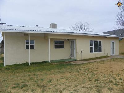 Clovis NM Single Family Home For Sale: $146,000