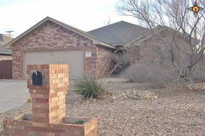 Portales Single Family Home For Sale: 2104 Hayes