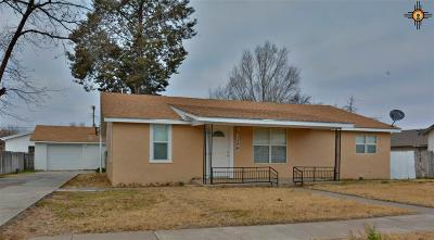 Portales Single Family Home For Sale: 1306 S Ave. B
