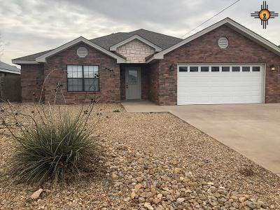Portales Single Family Home For Sale: 2112 Hayes St