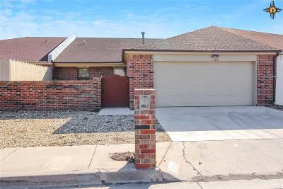 Hobbs Condo/Townhouse Under Contract-Don't Show: 1103 W Caprock