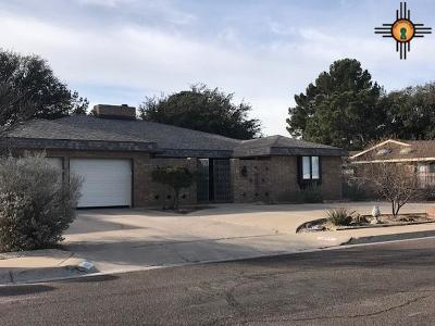 Hobbs Single Family Home Active With Contingency: 1017 Jicarilla