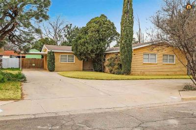 Hobbs Single Family Home Under Contract-Don't Show: 805 Pinon Drive