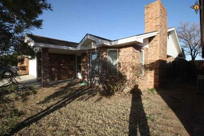 Hobbs Single Family Home Under Contract-Don't Show: 2310 W Thomas Drive