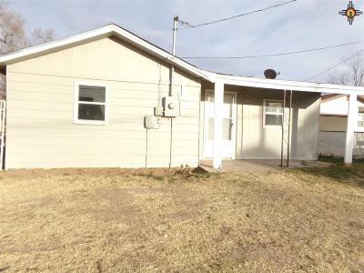 Portales NM Single Family Home For Sale: $68,000