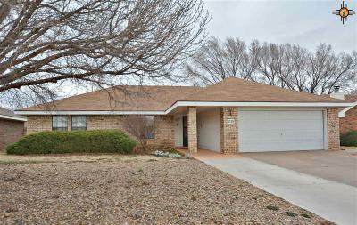 Clovis Single Family Home For Sale: 1729 Windsor Way