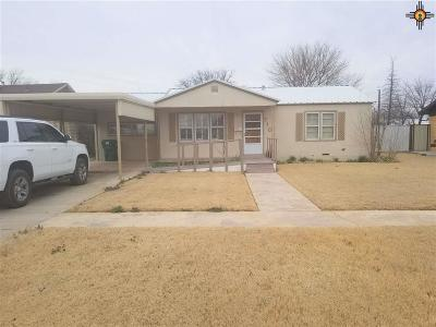 Lovington Single Family Home Under Contract-Don't Show: 710 W Avenue I