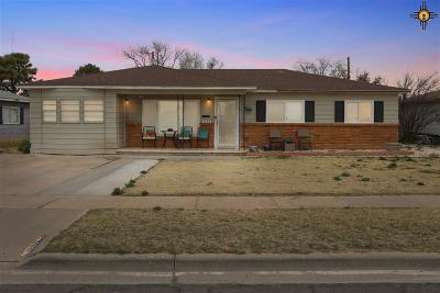 Hobbs Single Family Home Under Contract-Don't Show: 1228 E Yeso