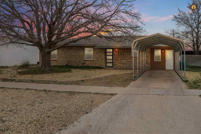 Lovington Single Family Home For Sale: 1406 W Jefferson Ave