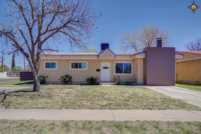 Hobbs Single Family Home Under Contract-Don't Show: 1742 N Penasco