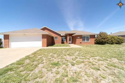 Curry County Single Family Home For Sale: 2716 Hammond