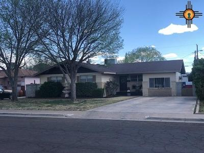 Hobbs Single Family Home Under Contract-Don't Show: 107 E Mesa
