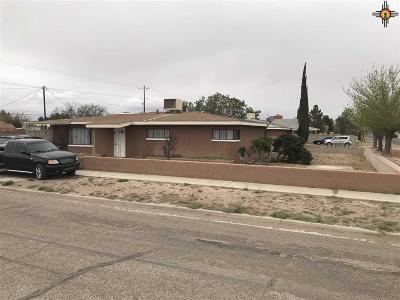 Deming Single Family Home For Sale: 1720 S Copper St.