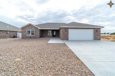 Portales Single Family Home For Sale: 2123 Roadrunner