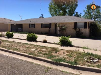 Clovis Single Family Home For Sale: 325 Murray