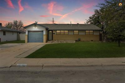 Lovington Single Family Home For Sale: 718 W Tyler Ave